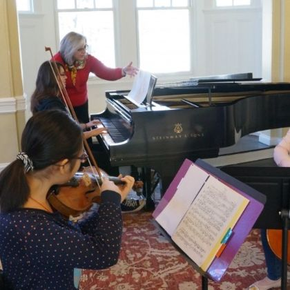 /magnoliaAuthor/steinway.com-americas/news/steinway-chronicle/k-12/for-walnut-hill-students-steinways-are-making-practice-a-joy