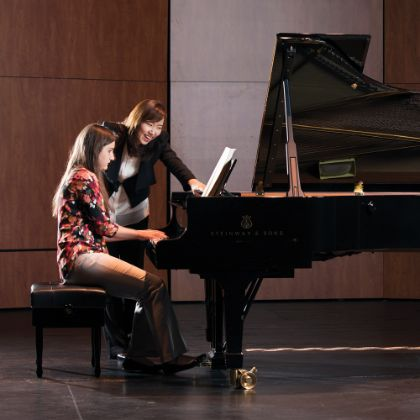 /magnoliaAuthor/steinway.com-americas/news/steinway-chronicle/winter-2020/treasured-heirloom-tells-a-steinway-story-at-the-university-of-south-Florida